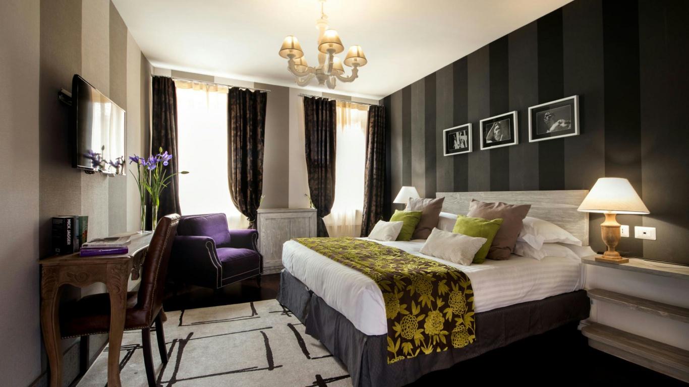 Hotel-The-Inn-and-the-Roman-Forum-room-208-APT
