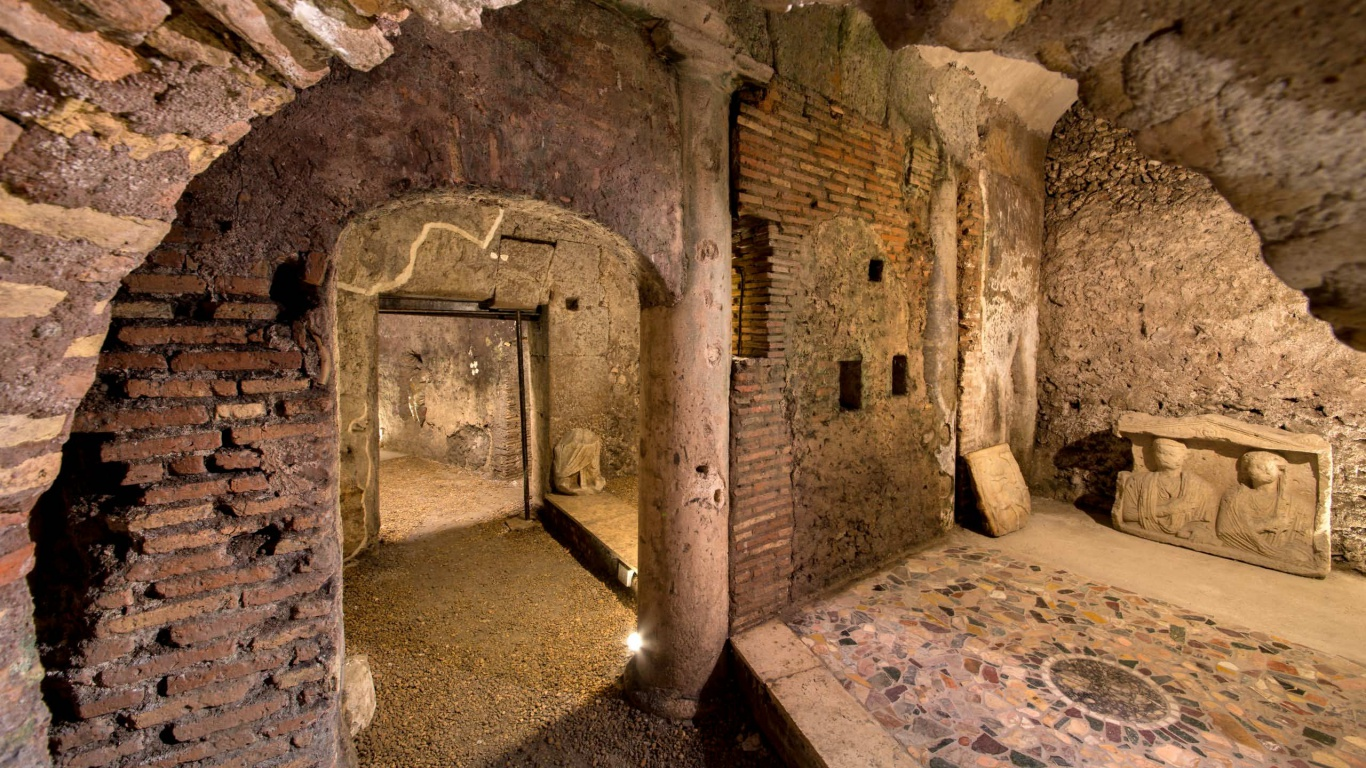 Hotel-The-Inn-and-the-Roman-Forum-cripro-covered-walkway