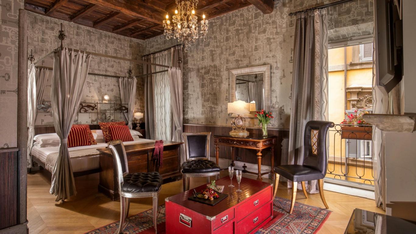 Hotel-The-Inn-and-the-Roman-Forum-junior-suite-forum-rome-01