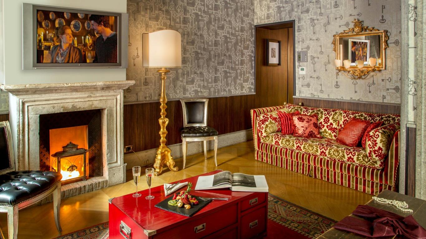 Hotel-The-Inn-and-the-Roman-Forum-junior-suite-forum-rome-05