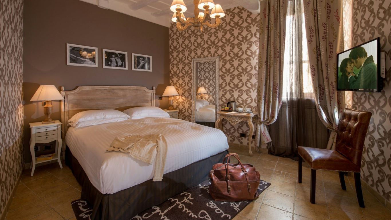 Hotel-The-Inn-and-the-Roman-Forum-theinnattheromanforum-home1